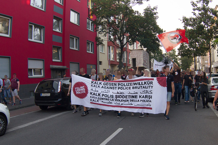 Demonstration auf Höhe Kalk-Mülheimer Straße